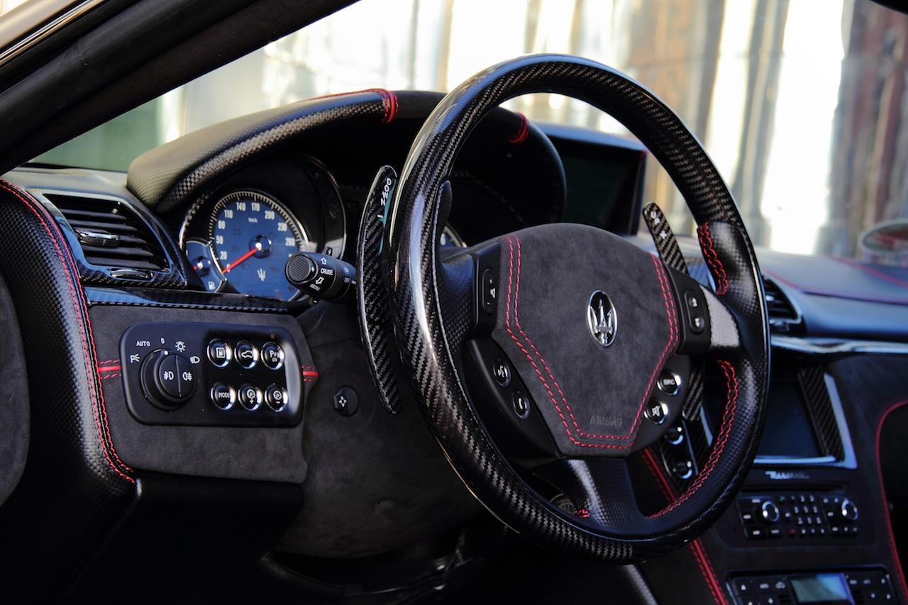 Anderson vytvořil temné Maserati Granturismo S 12