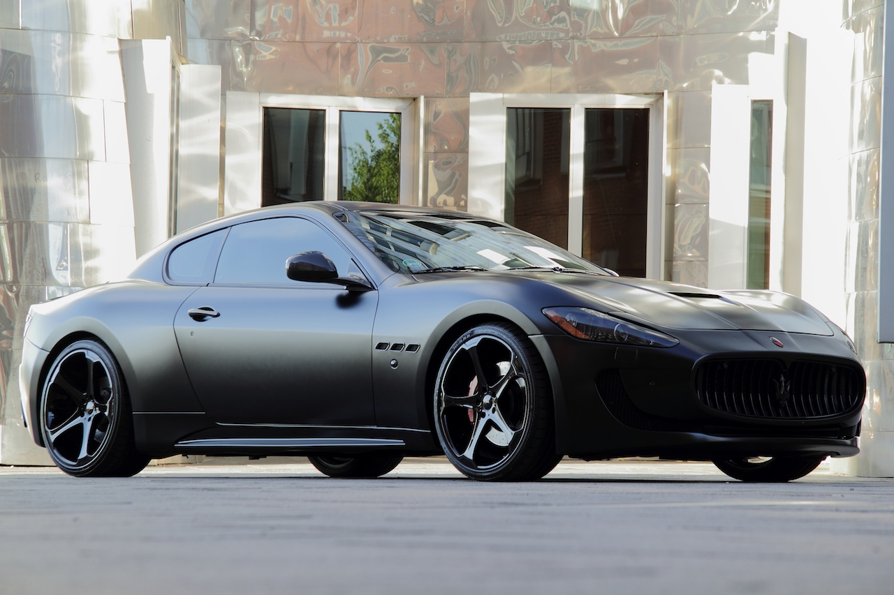 Anderson vytvořil temné Maserati Granturismo S 4