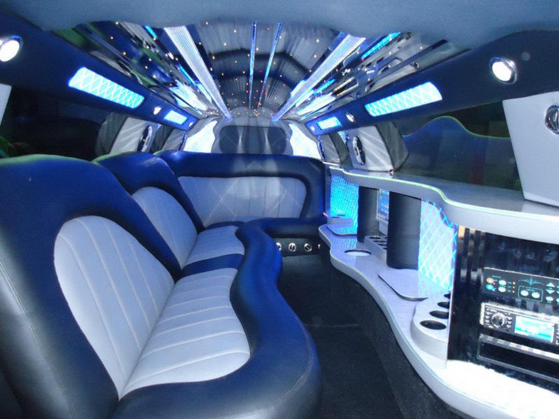 Chrysler 300 jako našlapaná limuzína 8