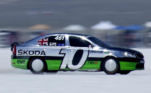 Škoda Octavia jela v Bonneville více než 320 kmh 1