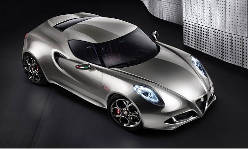 Alfa Romeo 4C míří do Franfurtu znovu jako koncept 1