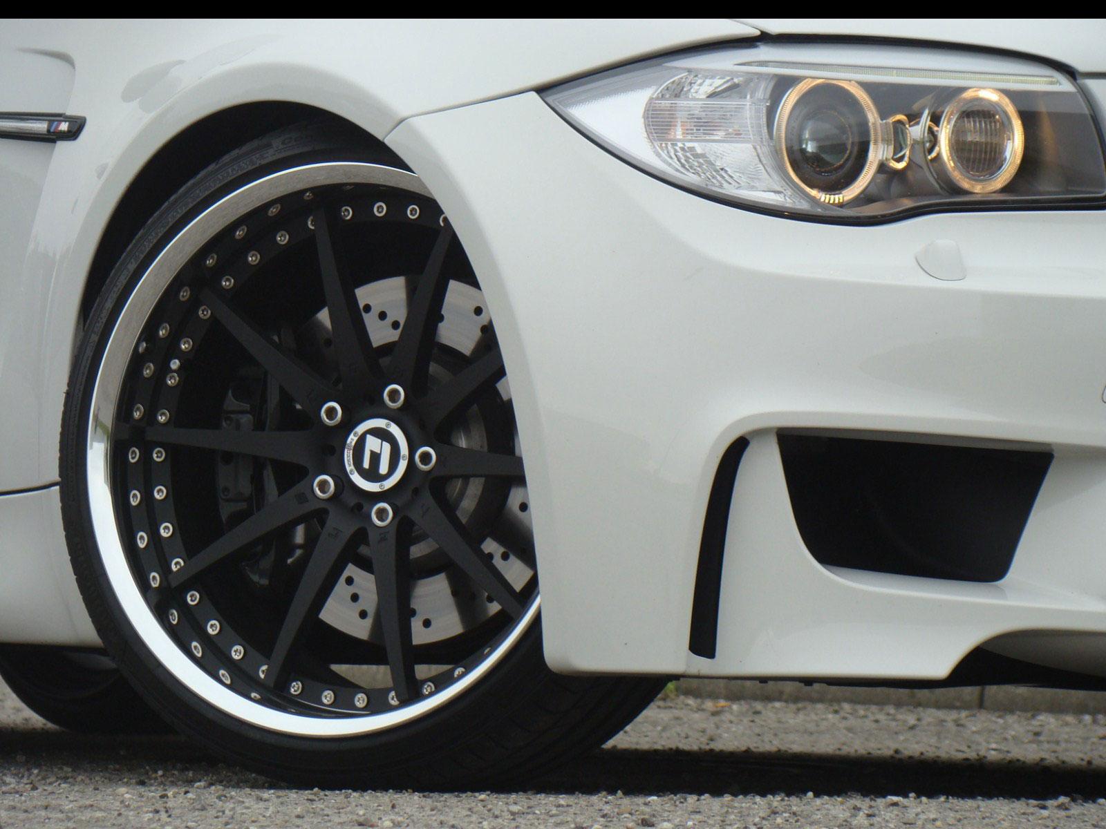 TVW Car Design postavili BMW 1 s maximálkou přes 300 kmh 3