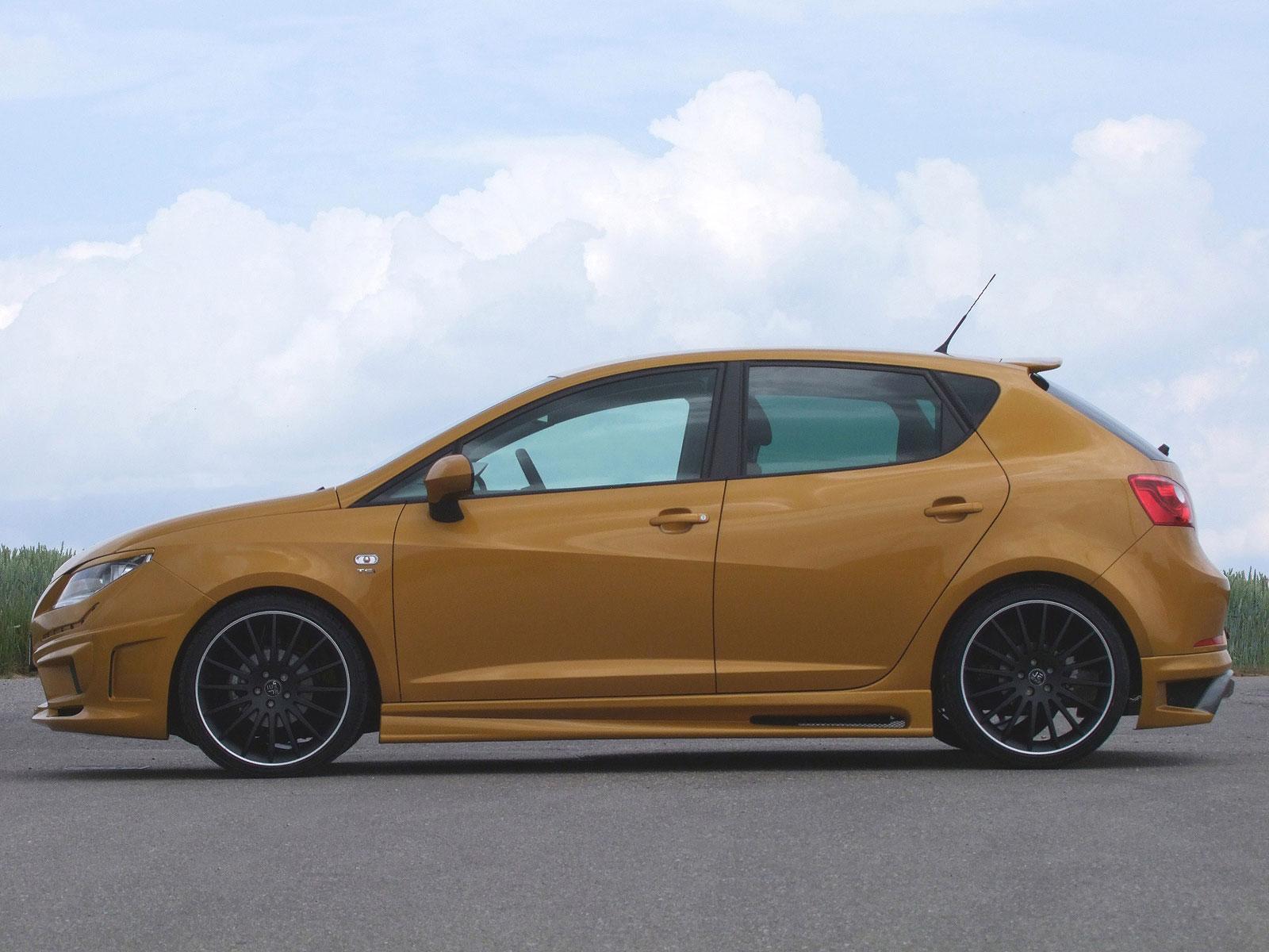 Zlatý Seat Ibiza od JE Design 5