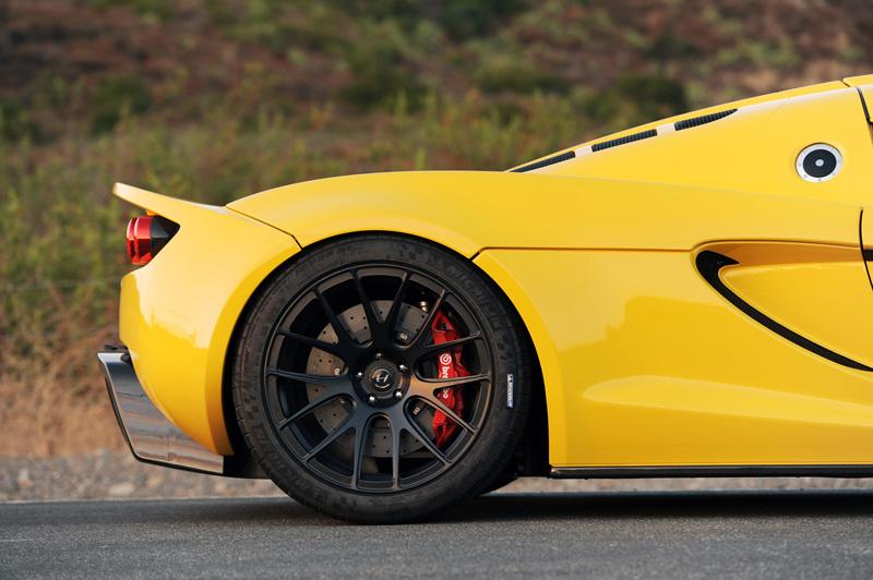 Hennessey Venom GT - 1200 koní, kteří zvládnou 443 kmh 10