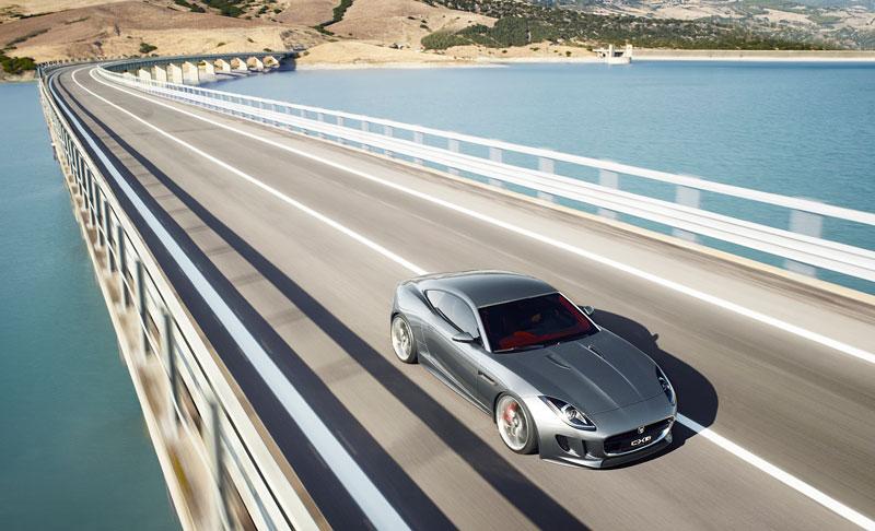 Jaguar ve Frankfurtu představí C-X16 10