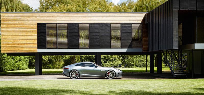 Jaguar ve Frankfurtu představí C-X16 13