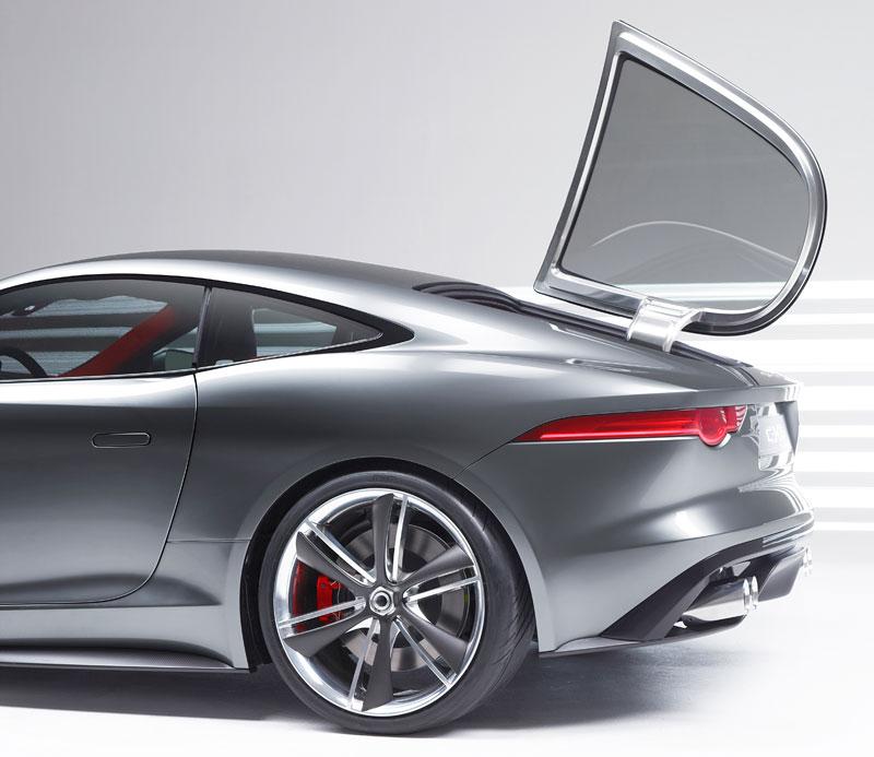 Jaguar ve Frankfurtu představí C-X16 20