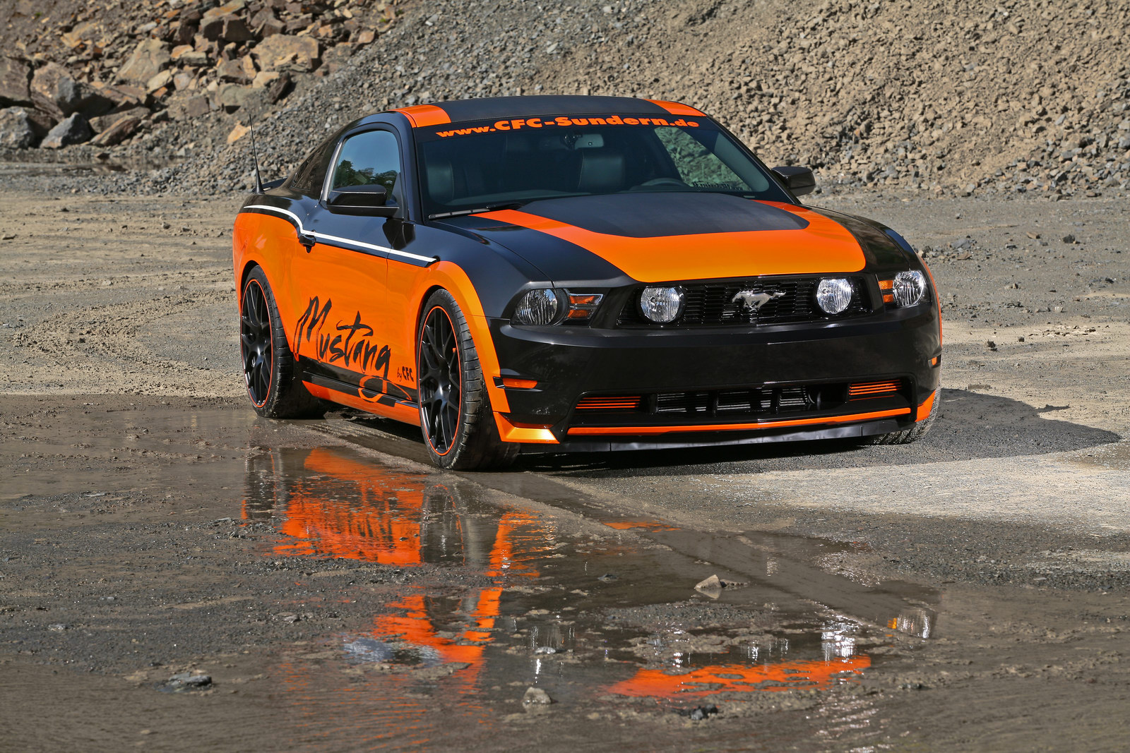 Němci z Design World upravili Ford Mustang GT 2
