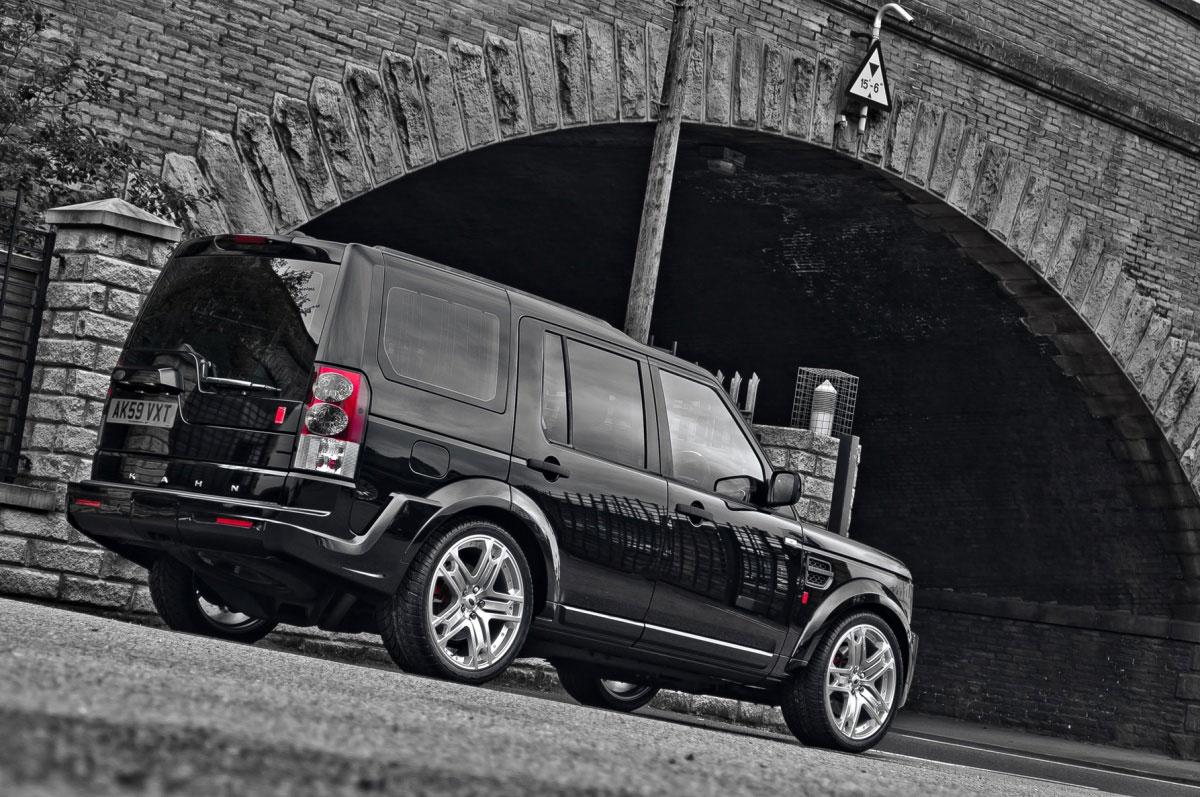 Project Kahn představuje Land Rover Discovery Black Edition 3