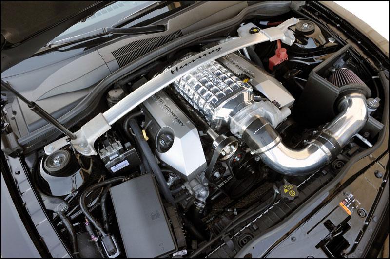 Hennessey představilo výroční HPE650 Supercharged Camaro 10