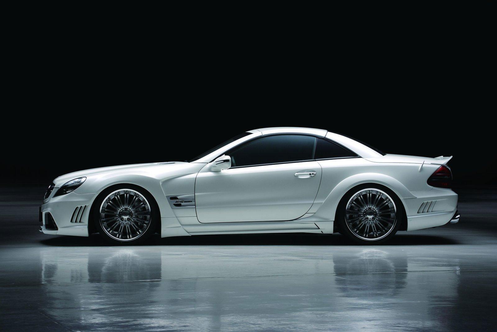 Japonci z Wald International stvořili Mercedes-Benz SL Black Bison 9