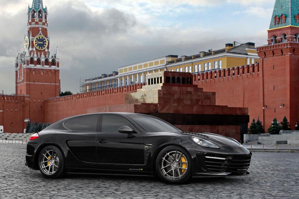 Porsche Panamera Stingray GTR se zlátým a krokodýlým interiérem 3