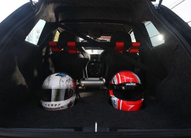 Romeo Ferraris Fiat 500 Abarth Stradale a 300 koní pod kapotou 2