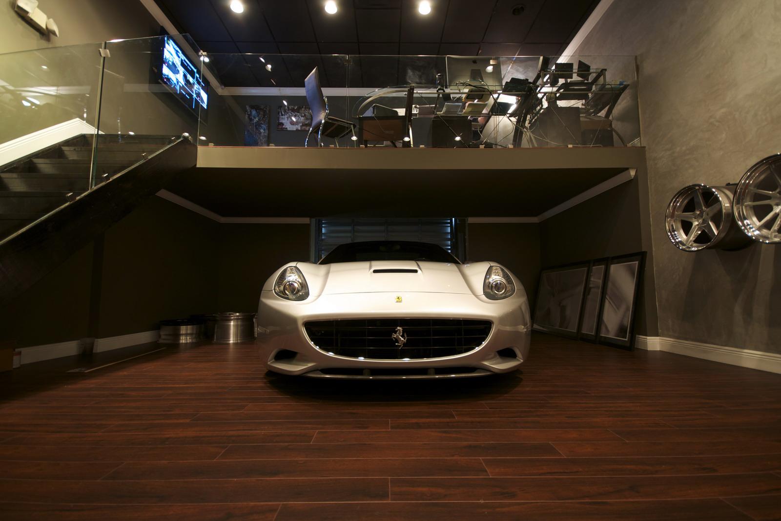 DMC představilo Ferrari California s výkonem 606 koní 3