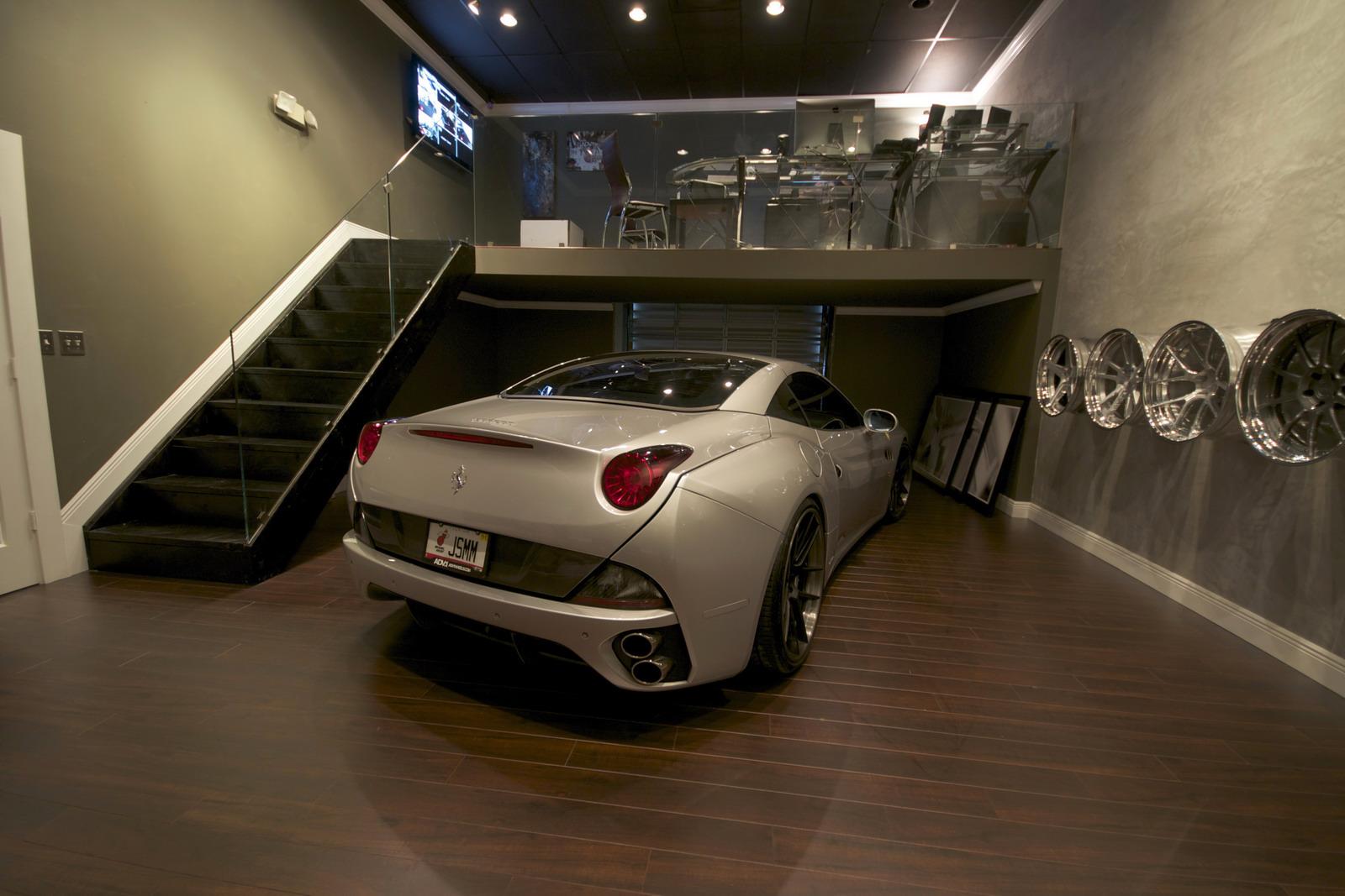 DMC představilo Ferrari California s výkonem 606 koní 5