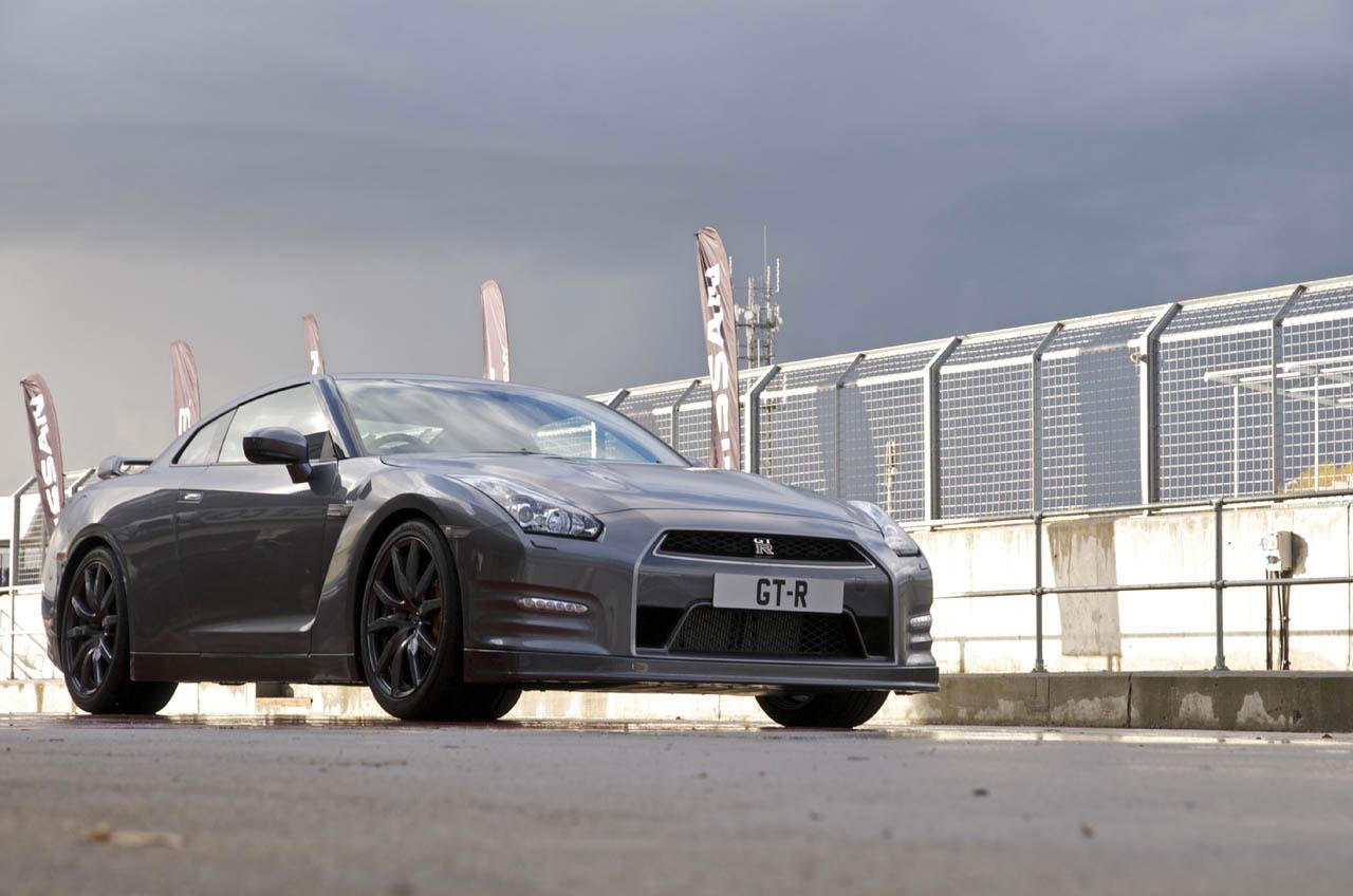 Nissan představil GT-R pro rok 2012 5
