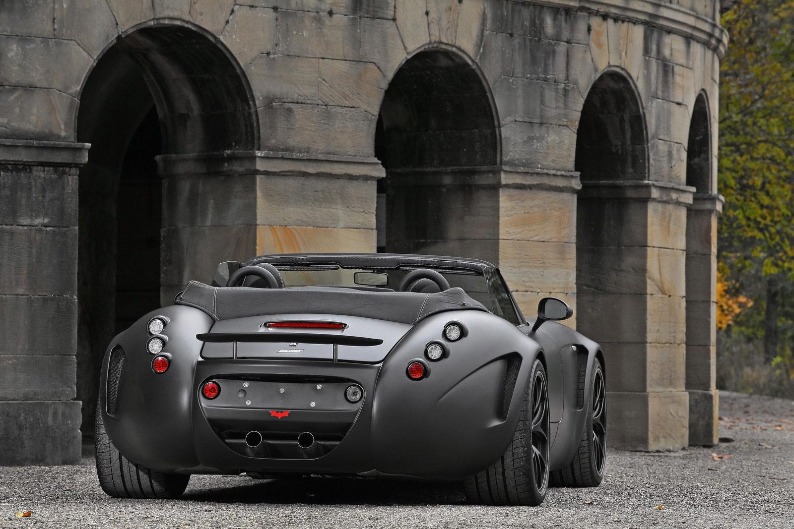 Temný Wiesmann Roadster z Německa 3