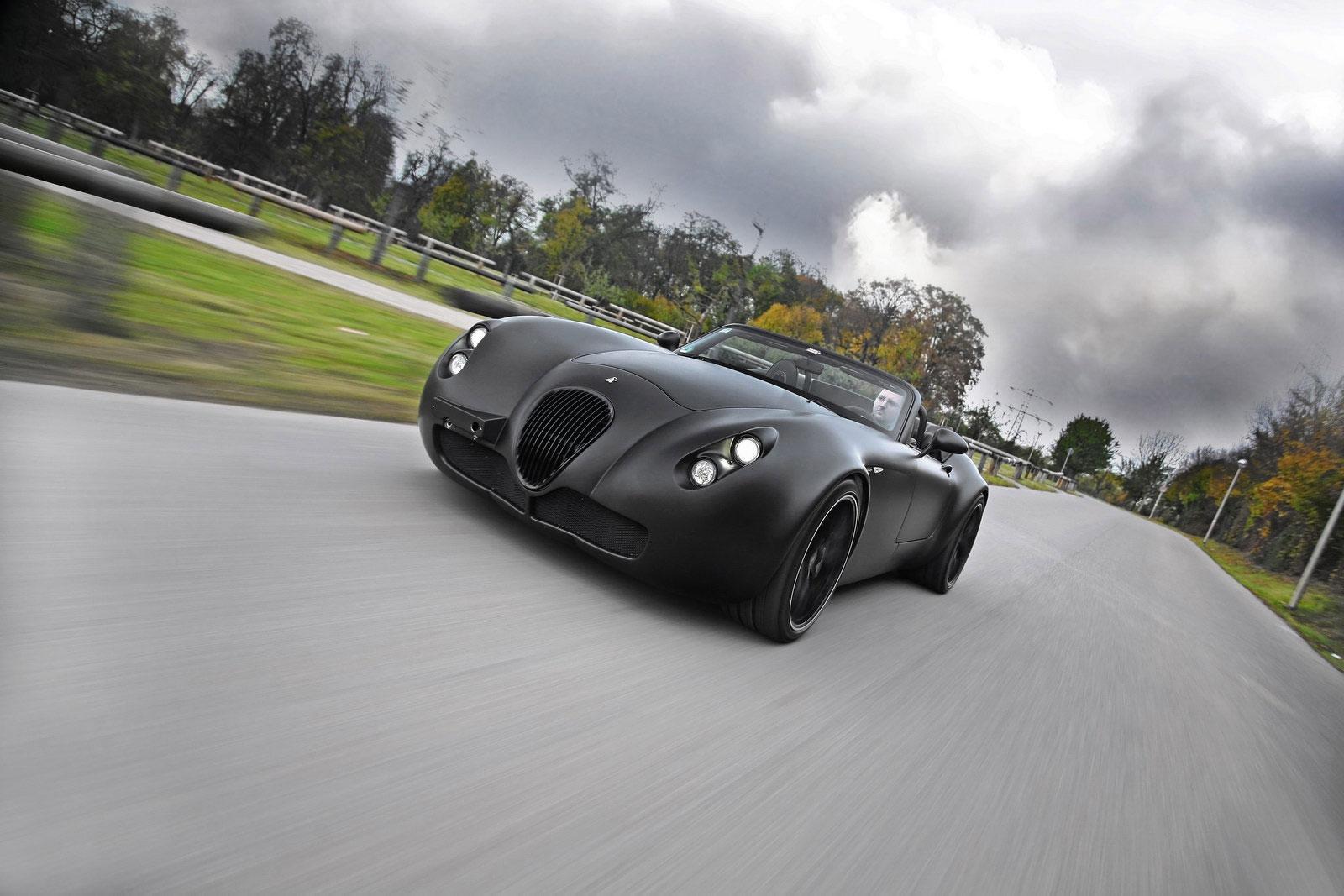 Temný Wiesmann Roadster z Německa 5