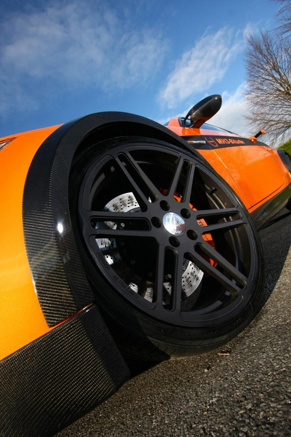 BMW M3 jako MH3 V8 RS Clubsport prožene všechny supersporty 8