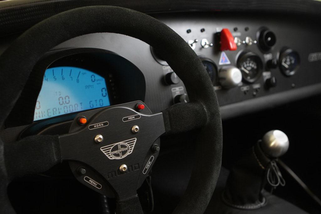 Holandský Donkervoort D8 GTO má 400 koní 9