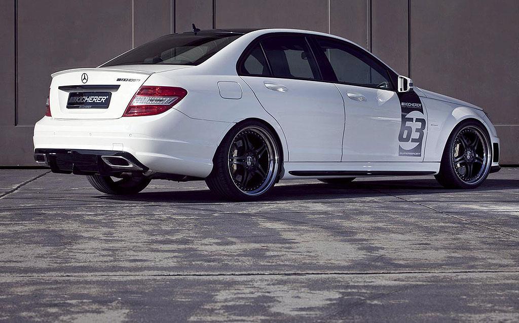 Kicherer uvedl Mercedes-Benz C63 AMG White Edition 2