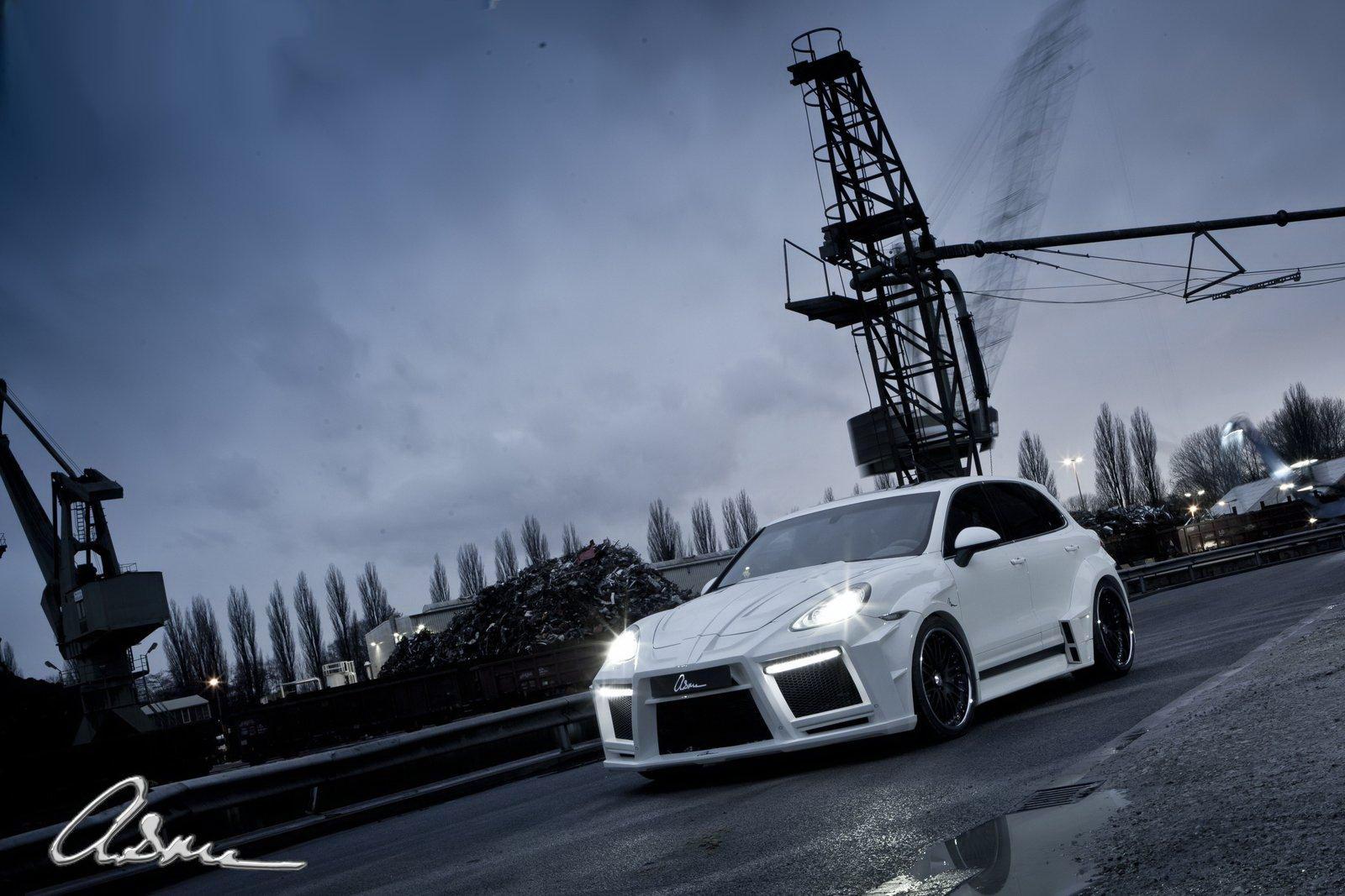 Porsche Cayenne Turbo s vylaďenou vizáží od ASMA Design 6
