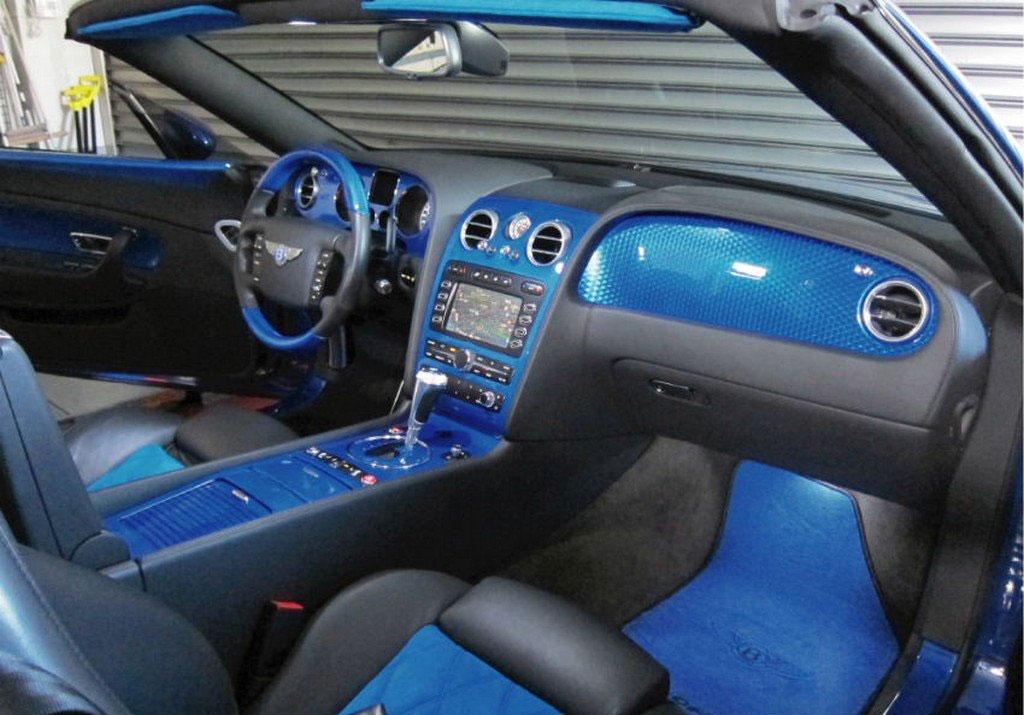 Velmi povedeně upravený Bentley Continental GT Convertible 6