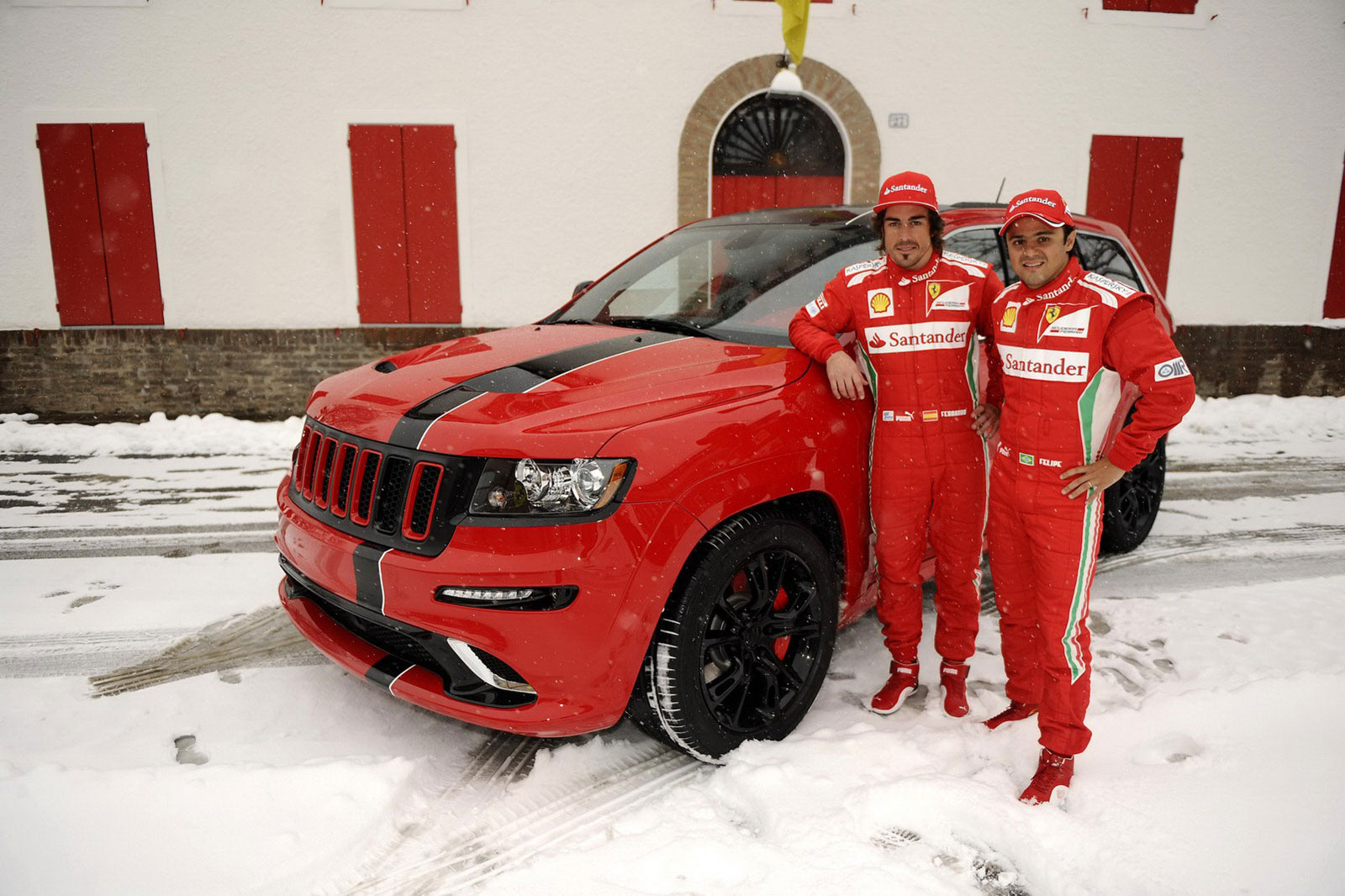 Fernando Alonso a Felipe Massa dostali nové hračky 5