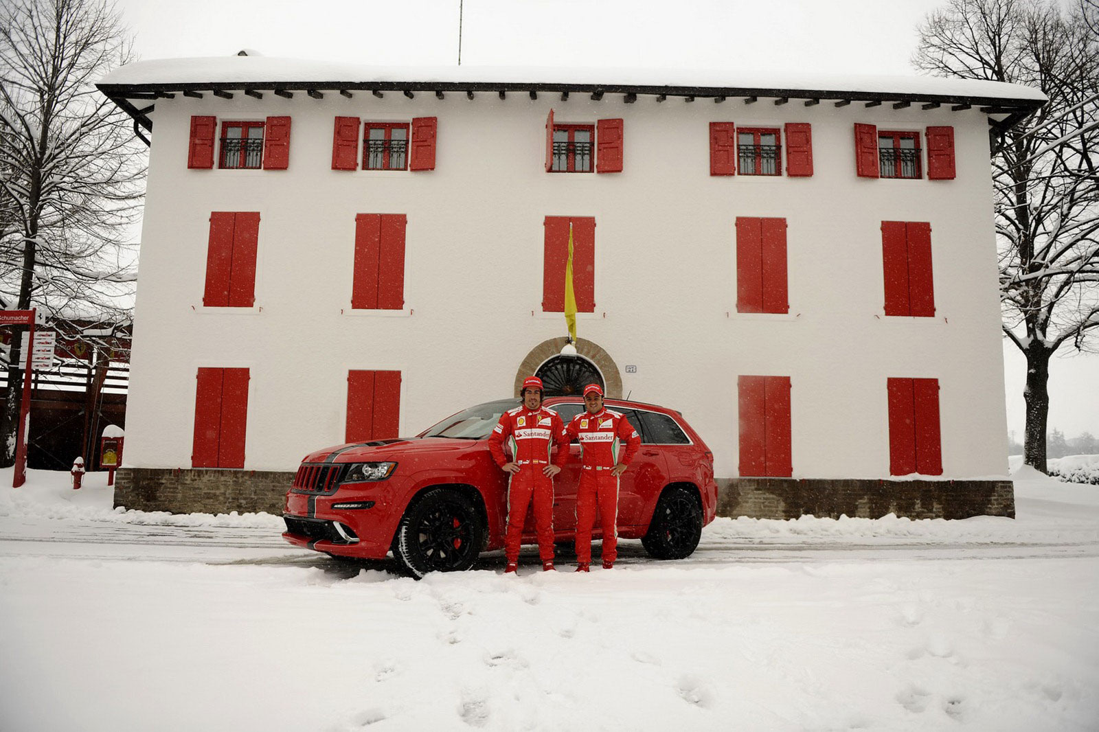 Fernando Alonso a Felipe Massa dostali nové hračky 7