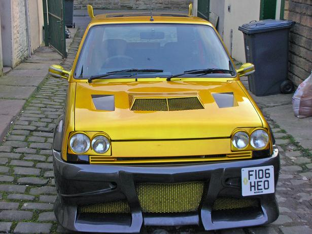 Dozlatova vytuzený Renault R5 1