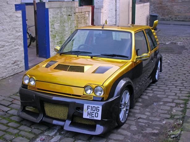 Dozlatova vytuzený Renault R5 2