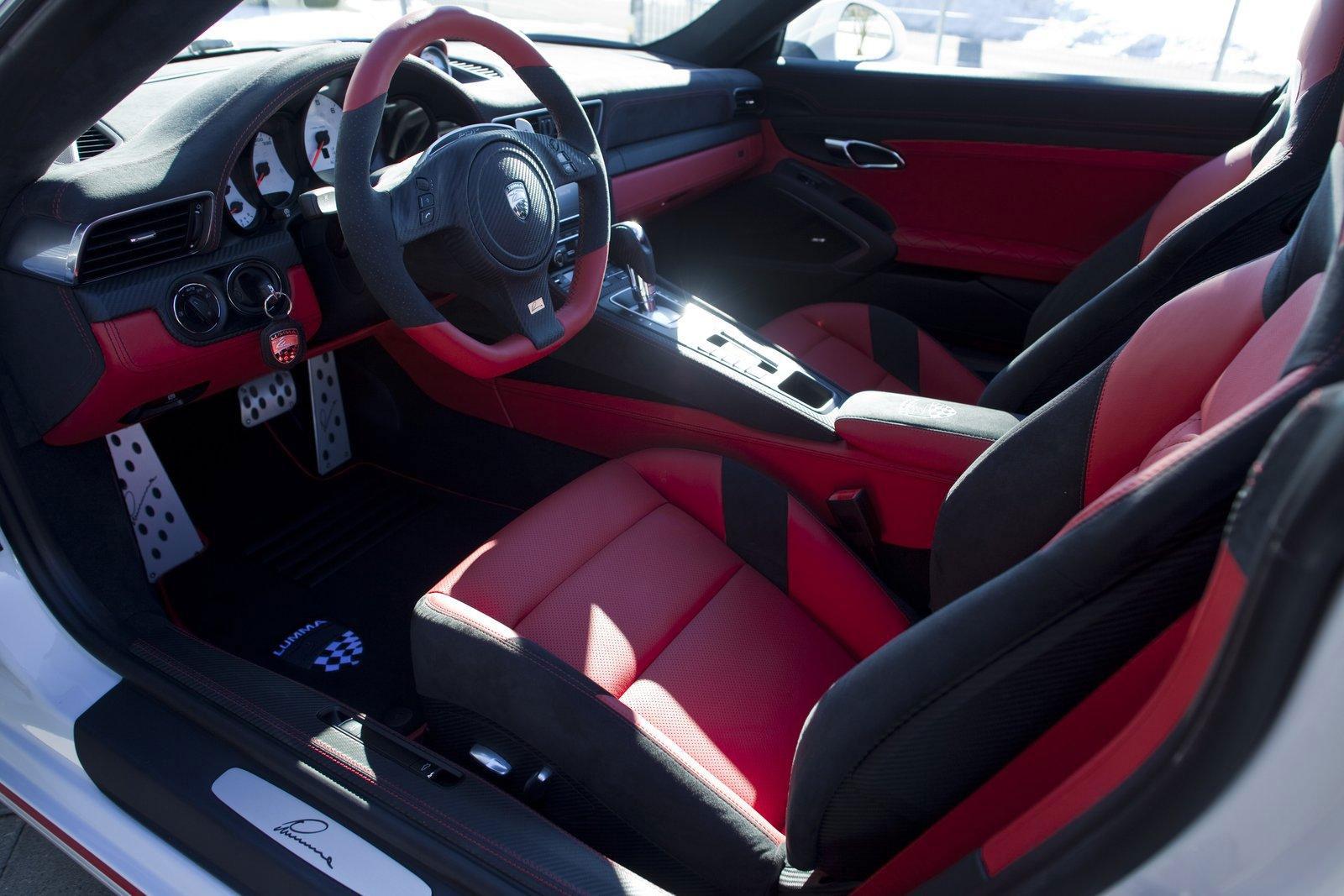 Lumma Design představí v Ženevě vylepšené Porsche 911 Carrera S 7