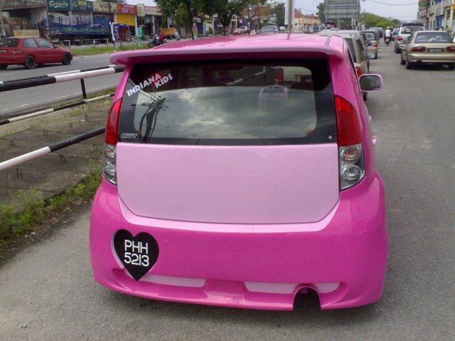 Perodua MyVi jako barbiemobil 2