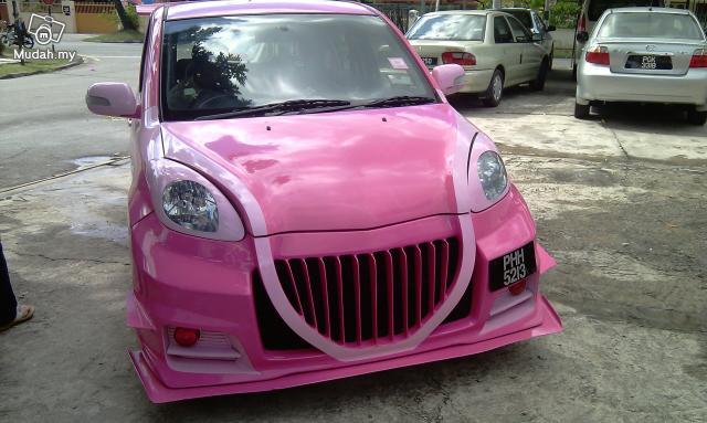 Perodua MyVi jako barbiemobil 3