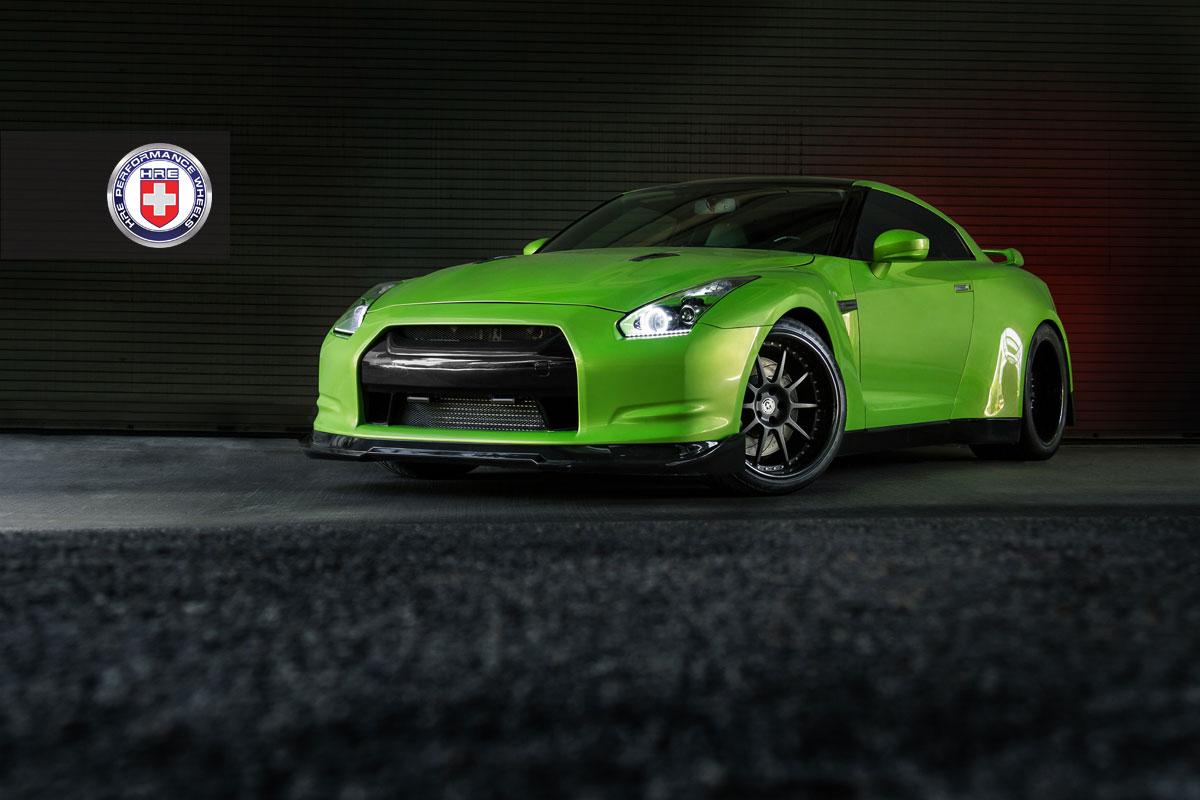 Nissan GT-R jako Green Hulk 2