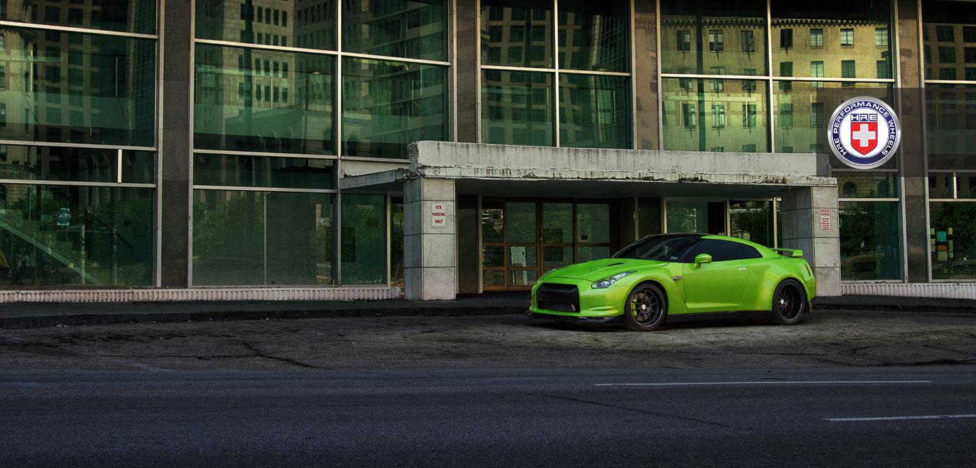 Nissan GT-R jako Green Hulk 4