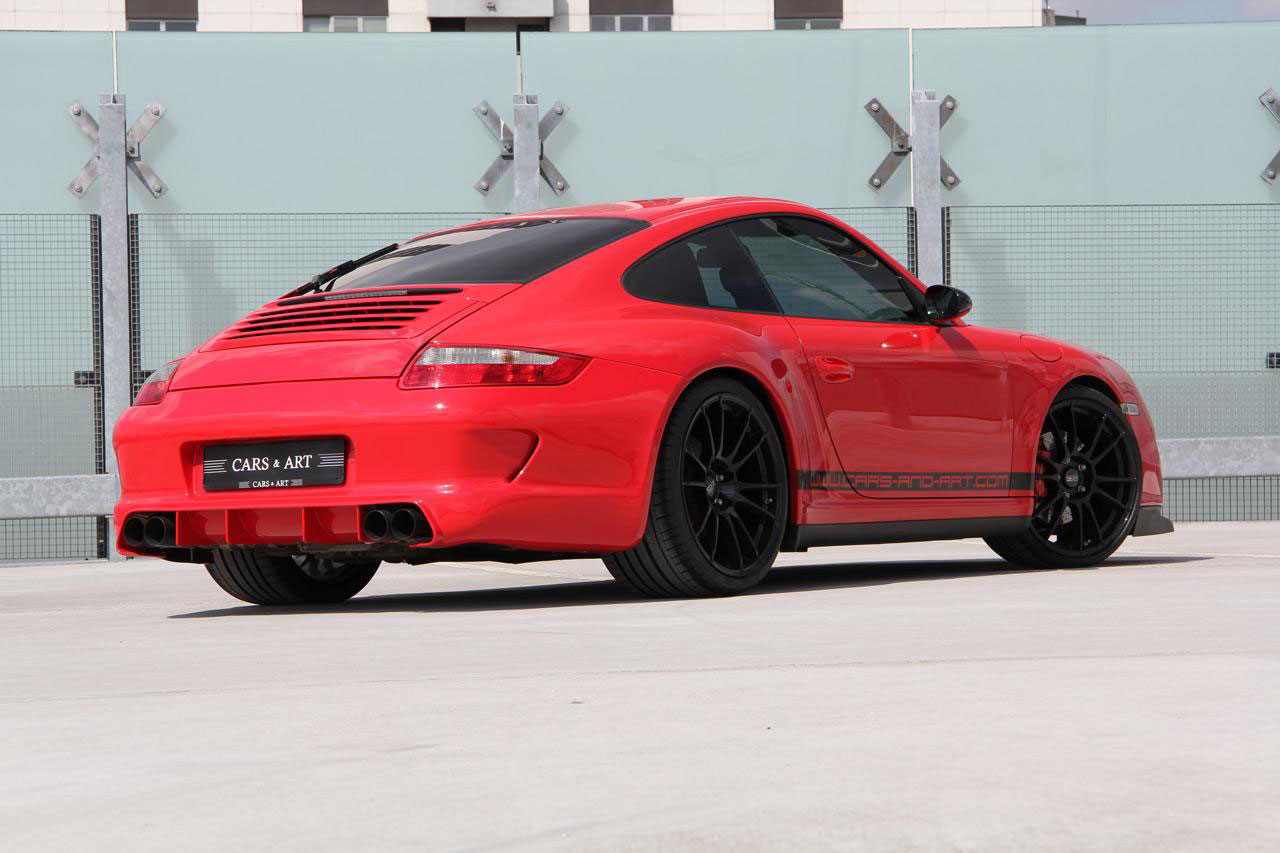 Porsche 911 Carrera 4S jako Red Baron 2