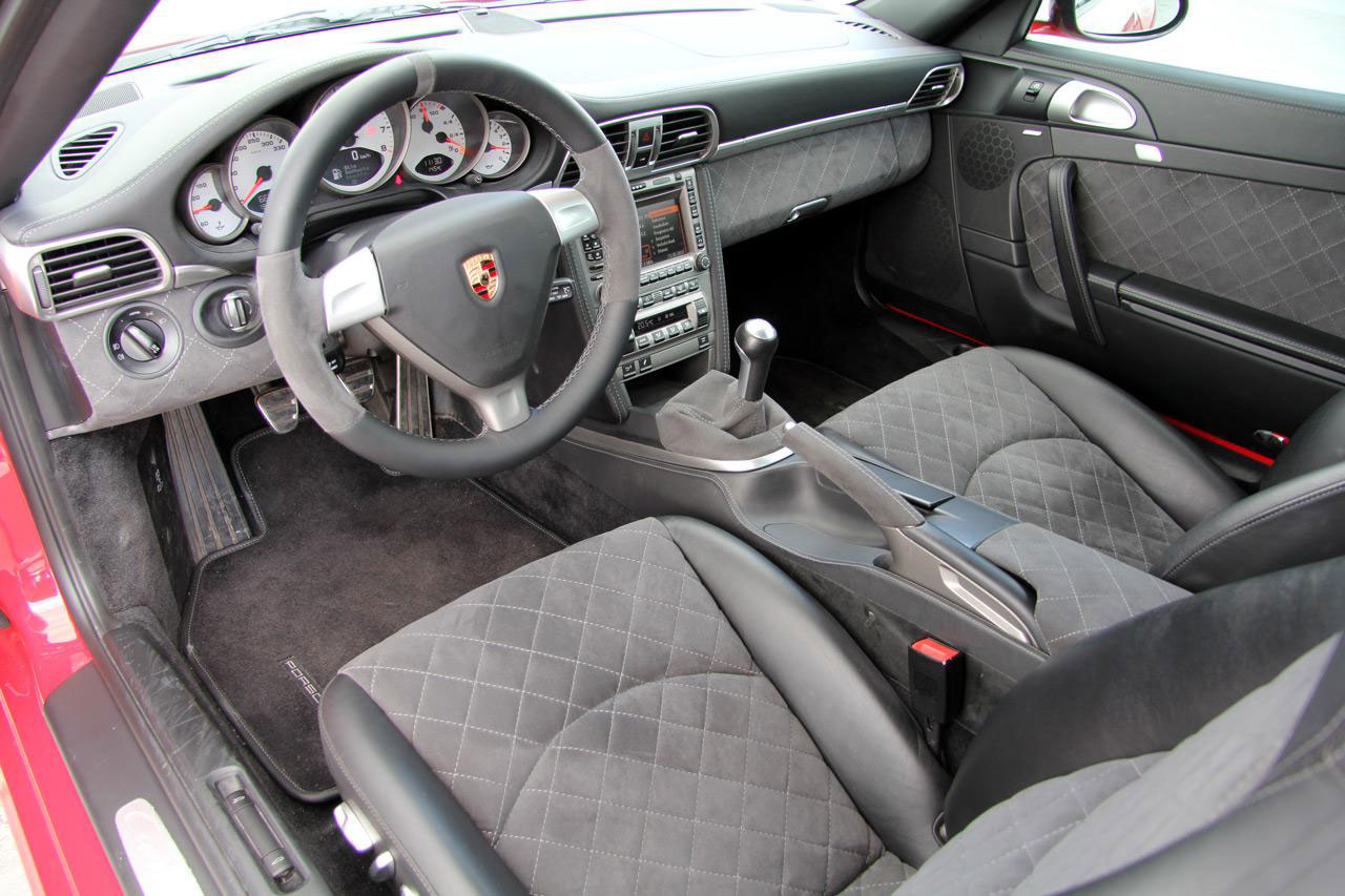 Porsche 911 Carrera 4S jako Red Baron 7