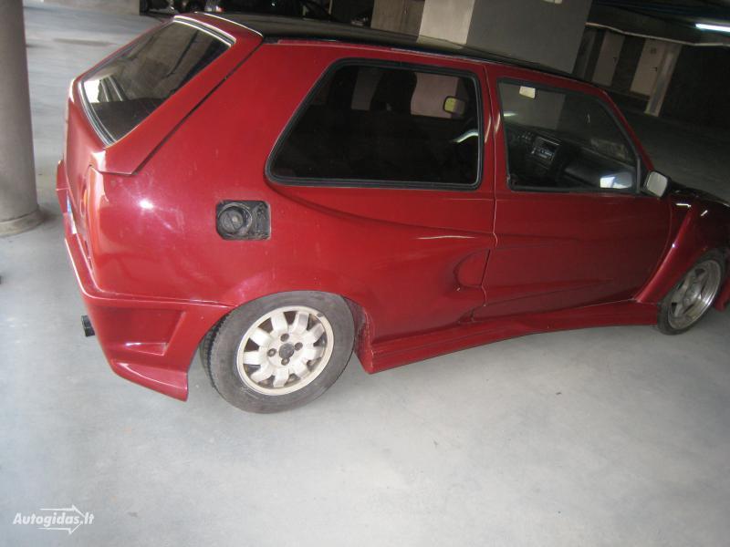 Toto auto můžete potkat v Litvě 3