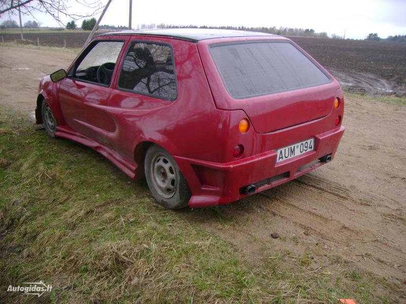 Toto auto můžete potkat v Litvě 4