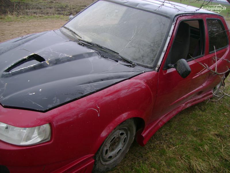 Toto auto můžete potkat v Litvě 7