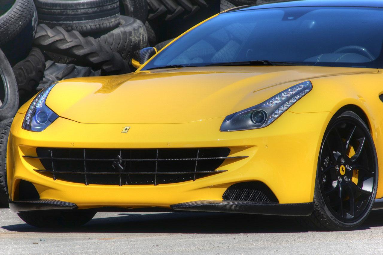 Ferrari FF má nově pod kapotou 702 koní 8