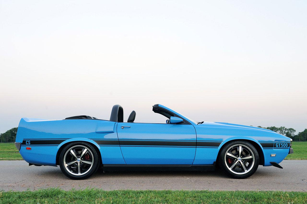 Ford Mustang předělán do retro stylu 6