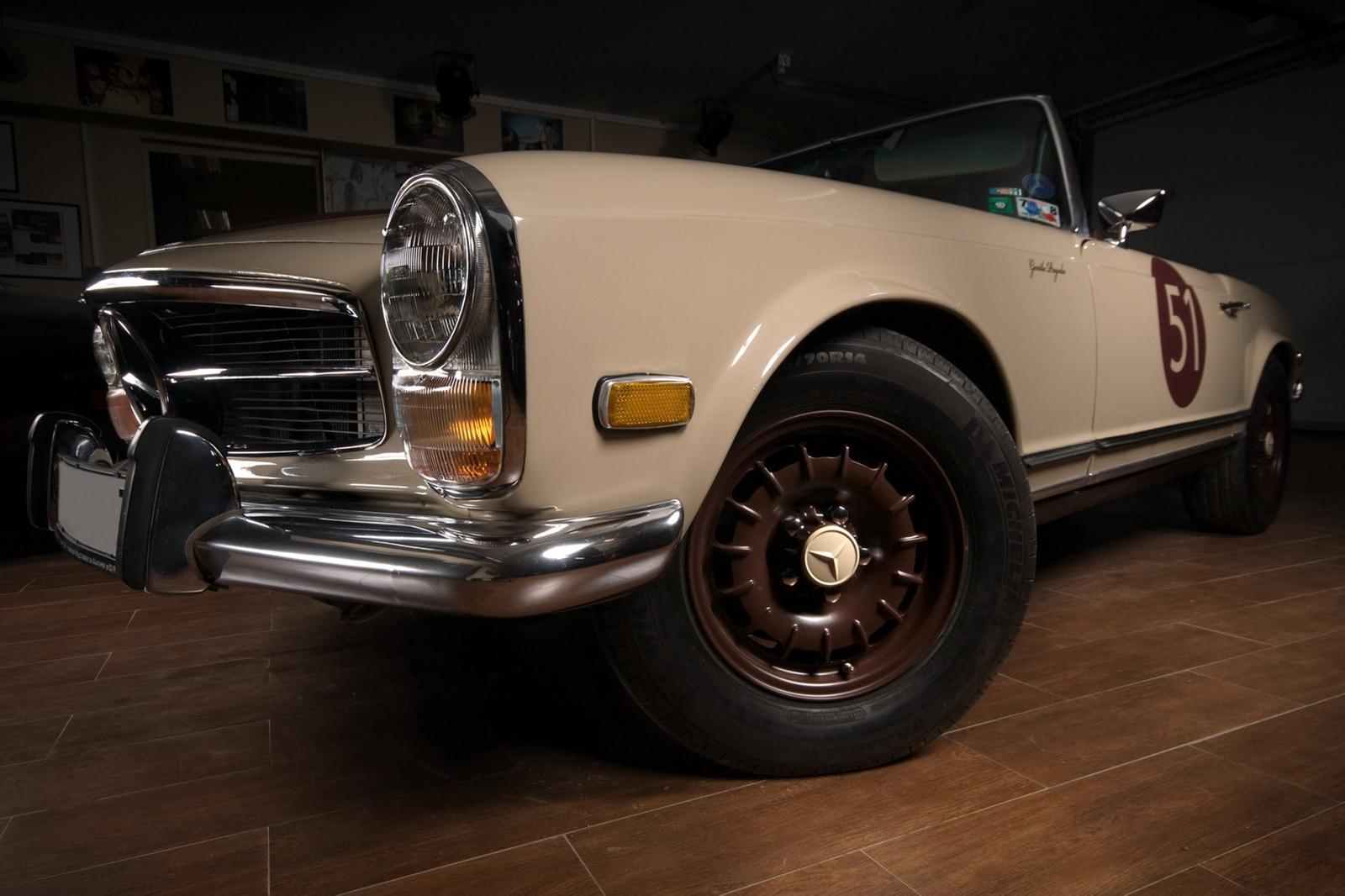 Mercedes-Benz SL z 60. let prošel lehčí modernizací 3