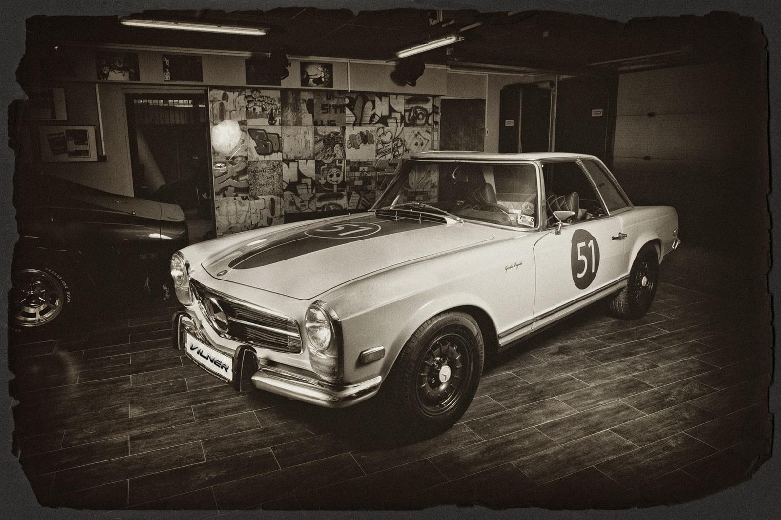 Mercedes-Benz SL z 60. let prošel lehčí modernizací 4