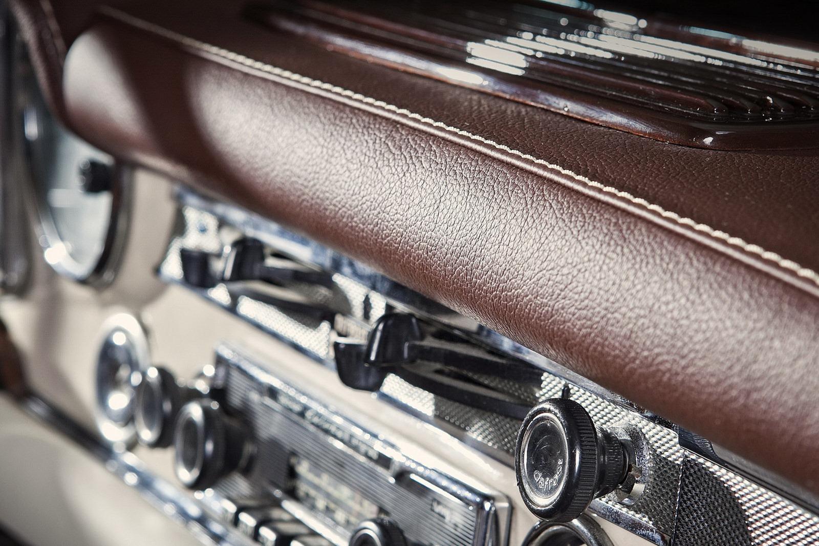 Mercedes-Benz SL z 60. let prošel lehčí modernizací 9