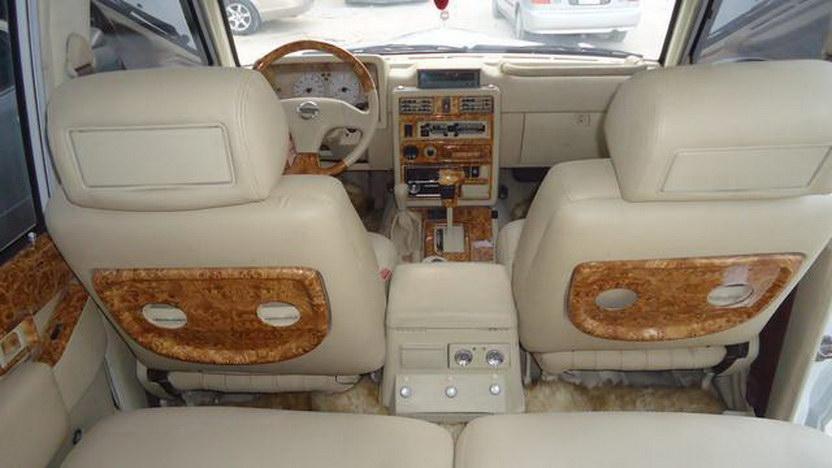Nissan Patrol jako Rolls-Royce Phantom v dubajském stylu 4