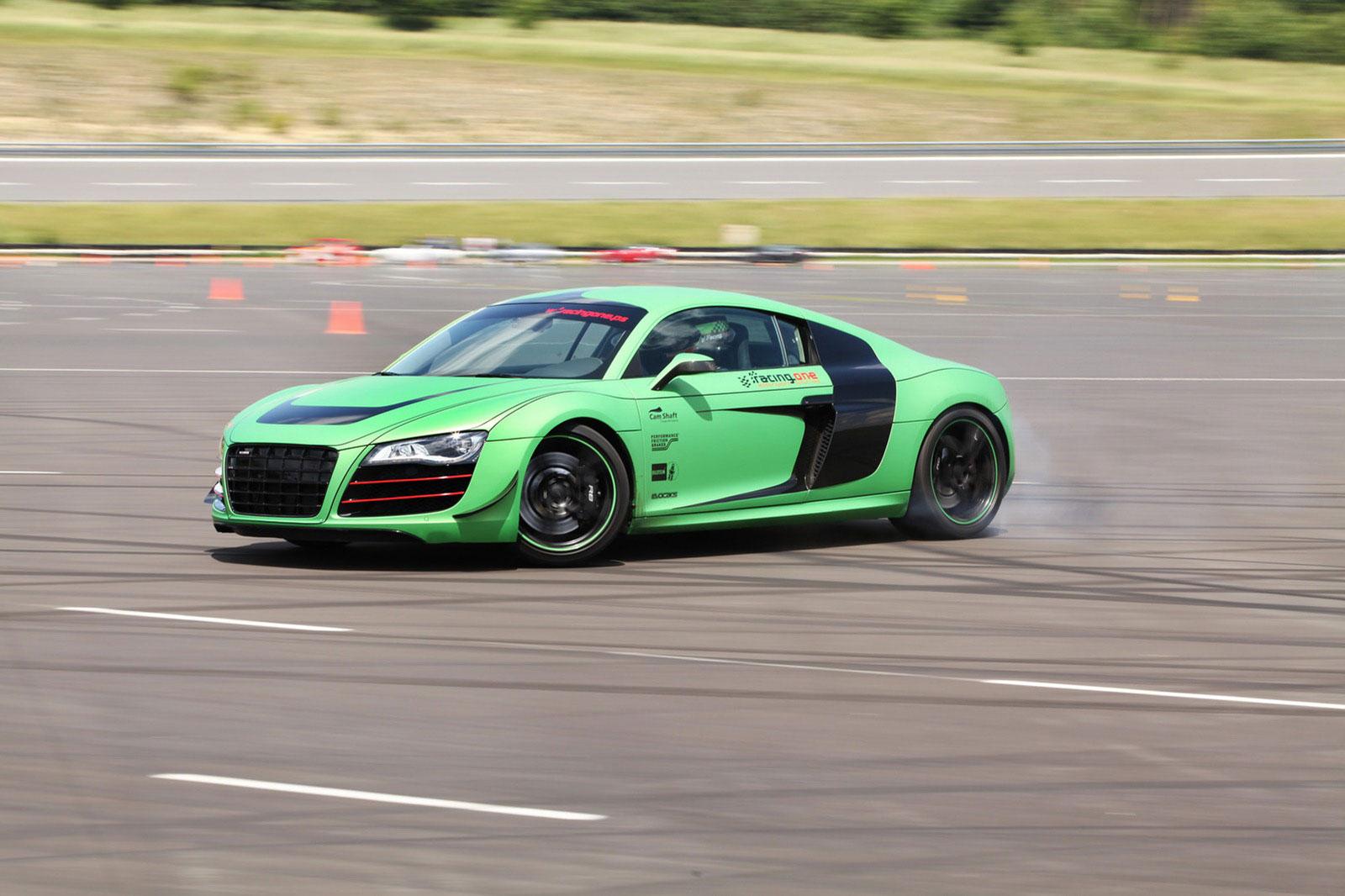 Zelené Audi R8 od německých tunerů Racing One 4