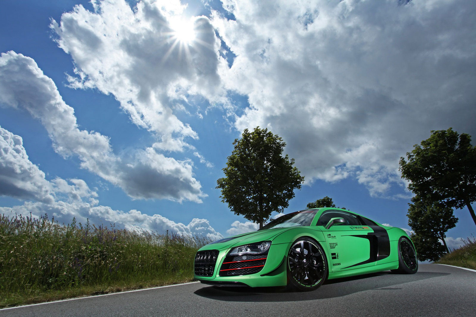 Zelené Audi R8 od německých tunerů Racing One 6