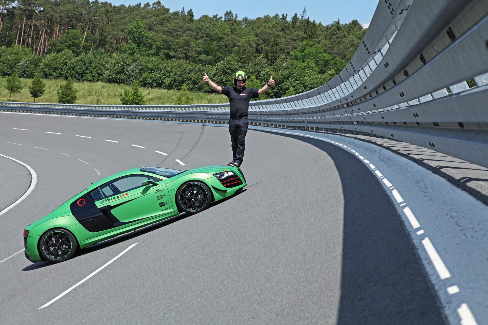 Zelené Audi R8 od německých tunerů Racing One 7
